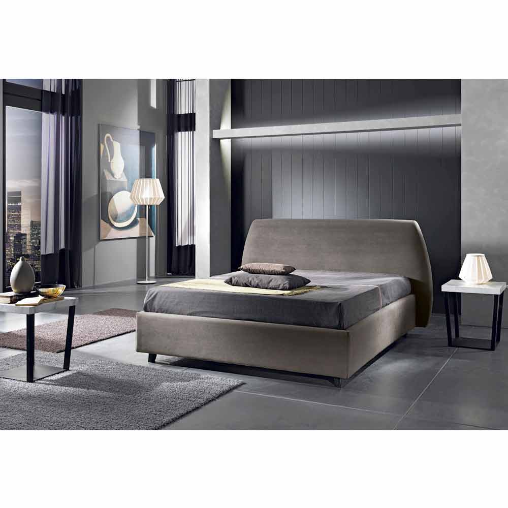 lit double rembourr avec coffre de design moderne reby. Black Bedroom Furniture Sets. Home Design Ideas