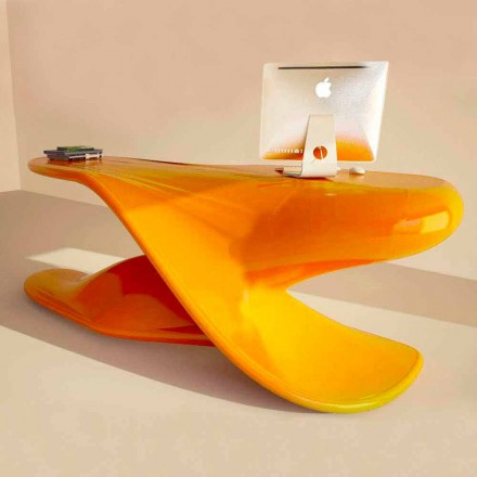 Bureau de design moderne de production artisanal en Italie Archer
